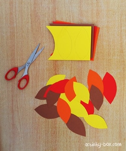 thanksgiving-tree-by-activitybox-step-4