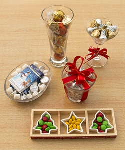 3-festive-filled-glassware