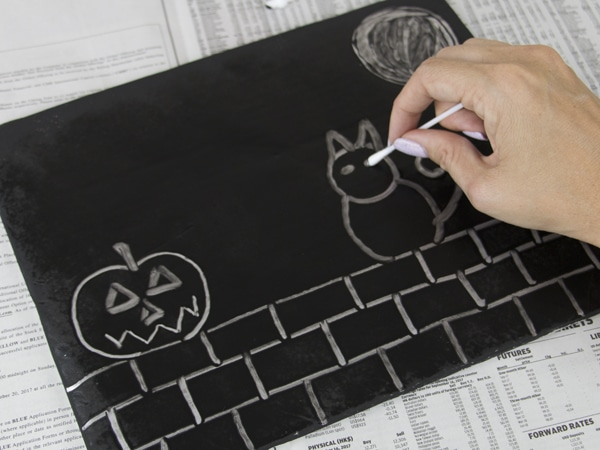 Halloween art tinfoil painting step 3