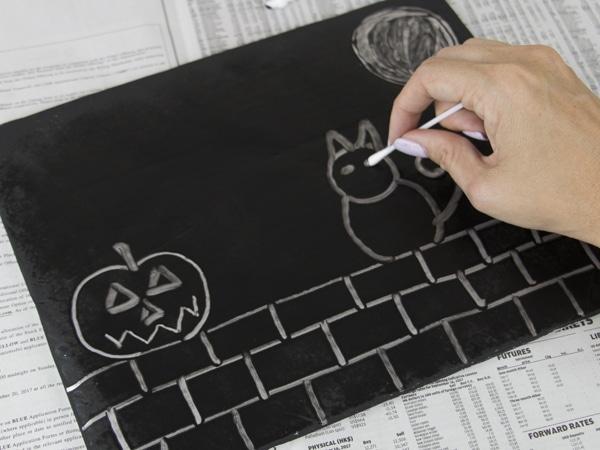 Halloween art tinfoil painting step 3